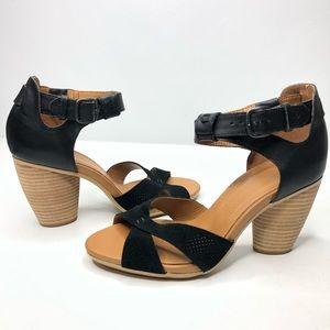 Emu Australia Black Suede Sandals New